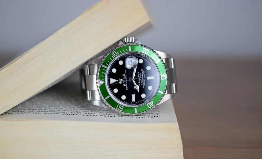 Replica Rolex Submariner 16610LV watch