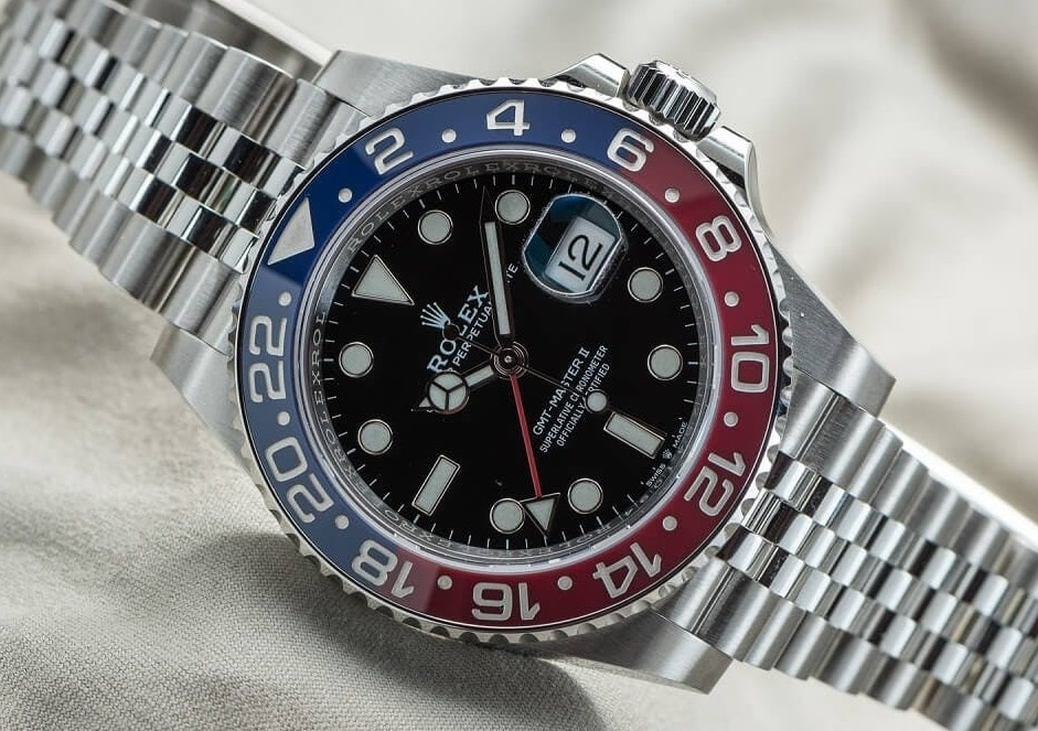 Rolex Replica GMT-Master II 126710BLRO With Pepsi Bezel